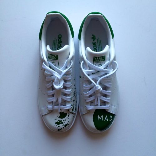 Juns customs af Adidas Stan Smith, som han lavede til Nomas MAD Symposium