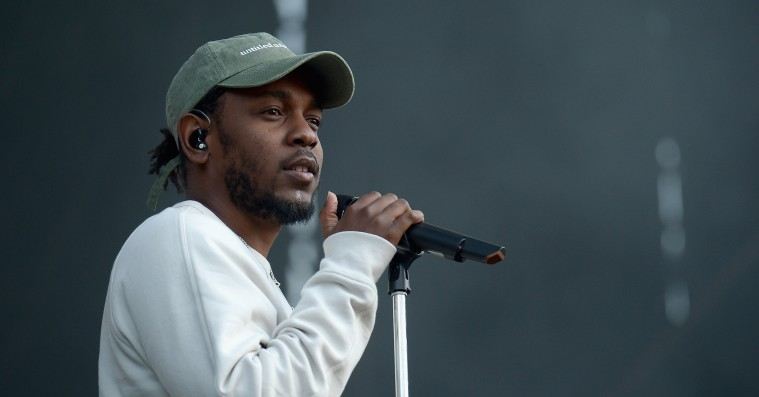 Kendrick Lamar hylder Barack Obama: »Hele verden, ikke bare hiphop skylder ham«