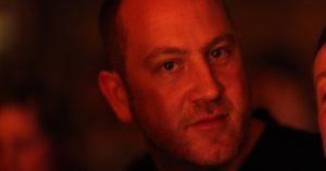 """Interview med instruktør Martin de Thurah: """"Jeg fandt mit kreative sprog på højskolen"""""""