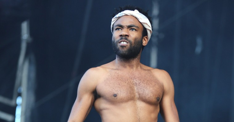 Se Childish Gambino surprise-gæste Chance the Rappers 'Open Mike Nights'