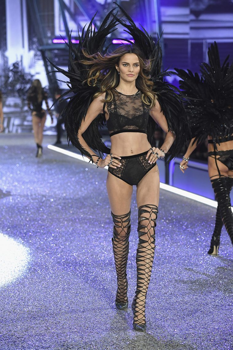 PARIS, FRANCE - NOVEMBER 30: Barbara Fialho walks the runway at the Victoria's Secret Fashion Show on November 30, 2016 in Paris, France. (Photo by Pascal Le Segretain/Getty Images for Victoria's Secret)