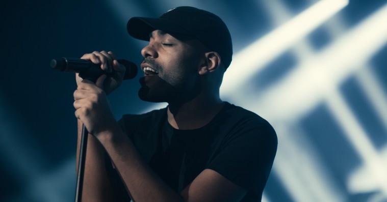 Ung dansk popkunstner har produceret Hans Philips nye solosingle