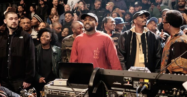 Kanye West er tilbage på Twitter
