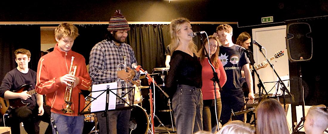 Tag dit musiktalent seriøst: Her lærer du af og med nogle af de bedste, danske musikere