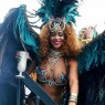 Rihanna lægger hypotetisk Beyoncé-beef i graven: »We don't need to be putting black women against each other«
