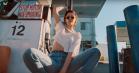 Kristen Stewart er forførende fartdjævel i ny video til The Rolling Stones' 'Ride 'Em On Down'