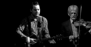 Akustisk westernhyldest: Se Jack White levere stilsikker version af 'The Rose with the Broken Neck'