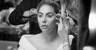 Video: Lady Gaga crooner hjertet ud til 'Million Reasons'