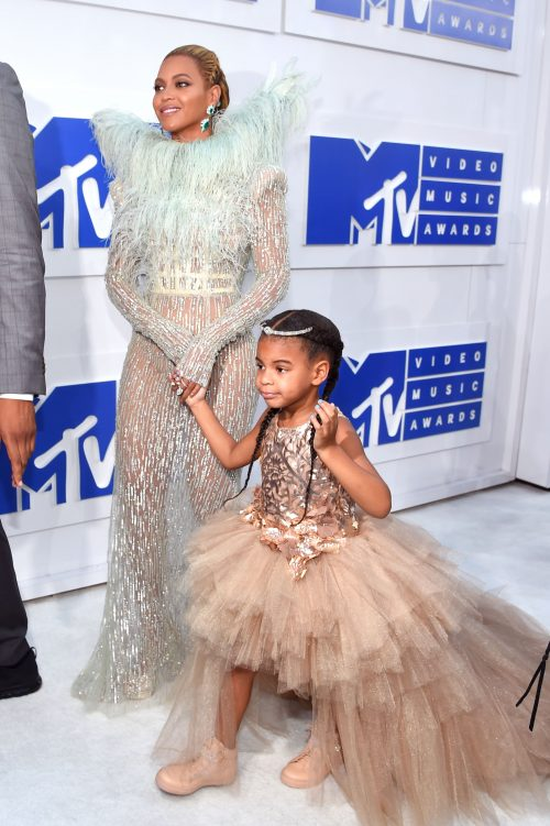 Beyoncé og Blue Ivy ved MTV Video Music Awards (Foto: Larry Busacca/Getty Images)