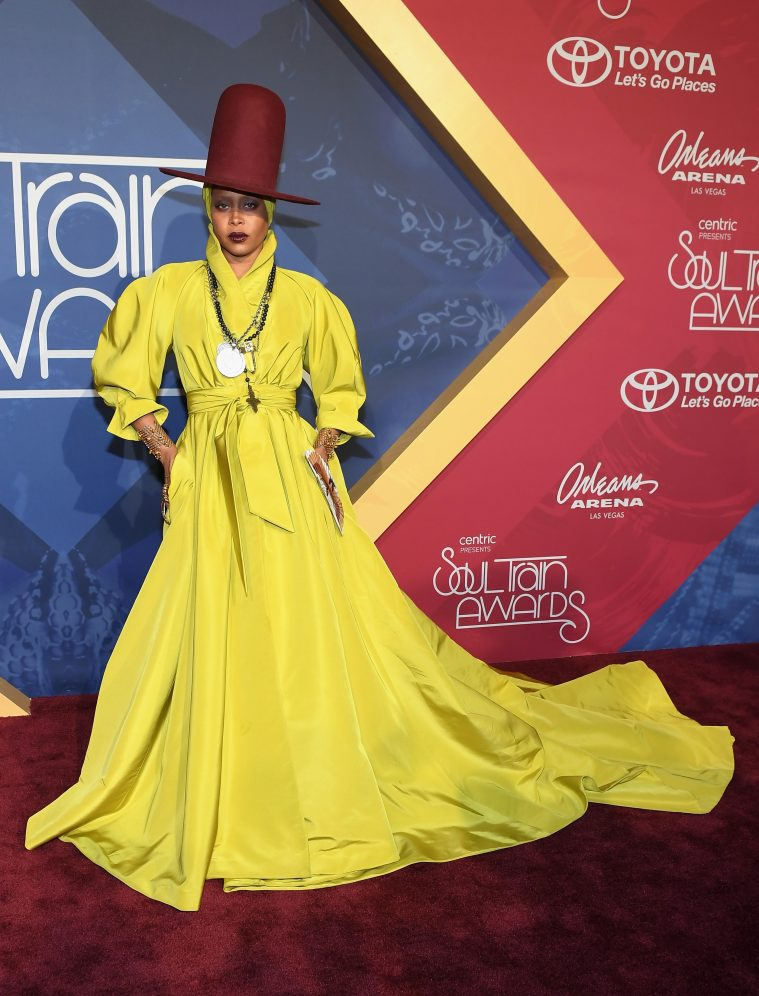 Erykah Badu da hun var vært for Soul Train Music Awards i November (Foto: Ethan Miller/Getty Images)