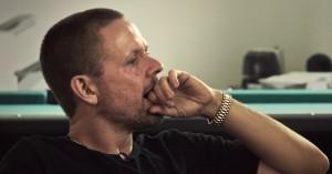 Ny dokumentarfilm om Anders Matthesen på vej – se det første intense klip