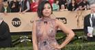 Hollywood elsker stadig gennemsigtighed og dybe udskæringer – undtagen Natalie Portman