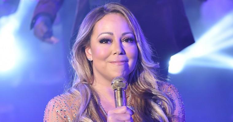 Mariah Carey pinlige nytårsoptræden på direkte tv slagtes på sociale medier