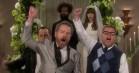 Kanye West-lyrik bliver til højspændt firkantsdrama hos James Corden