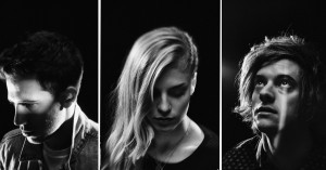 London Grammar afslører udgivelsesdato for nyt album og deler titelnummer, 'Truth Is A Beautiful Thing'