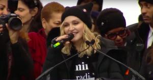 Stjernerne flokkedes til 'Women's March' over hele USA – se taler og optrædener af Madonna, Alicia Keys m.fl.