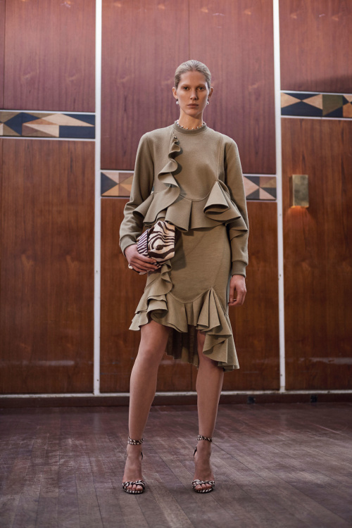 givenchy-2017-prefall-collection-4