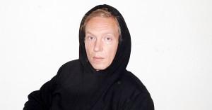 Nikolaj Vonsild fra Cancer sang på en cocktail af sorg, dæmoner og mani: »Det hele har været én stor terapisession«