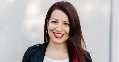 Mediekritiker Anita Sarkeesian om onlinehad: »Politiske diskussioner er blevet en stor, lortet Reddit-tråd«