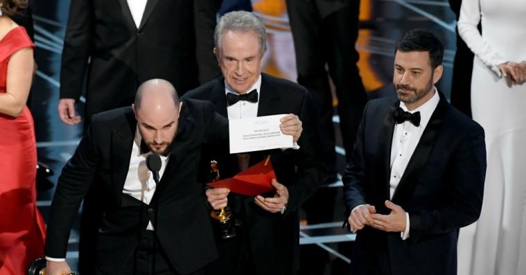 Sådan skete Oscar-miseren – de ansvarlige undskylder