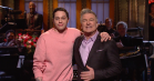 Alec Baldwin bliver mobbet under 'SNL'-rekordshow: »Det ligner, at du har ligget i blød de sidste 20 år«