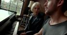 Ryan Gosling og Rooney Mara dyrker kærligheden og musikken i første trailer til Terrence Malicks stjernespækkede 'Song To Song'