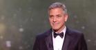 George Clooney sender stikpiller til Trump i kreativ takketale til franske César Awards