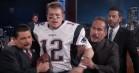 Matt Damon snyder Jimmy Kimmel til interview klædt ud som Tom Brady