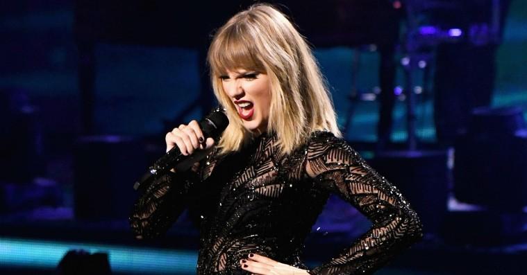 Taylor Swifts nyligt offentliggjorte albumcover blev et øjeblikkeligt Twitter-meme