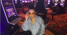 Tinashe styler Astrid Andersen-sæt på sin egen måde