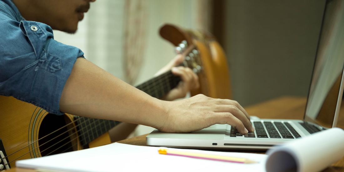 Hey, musiker! Drop selvkritikken og få nu bare din musik udgivet