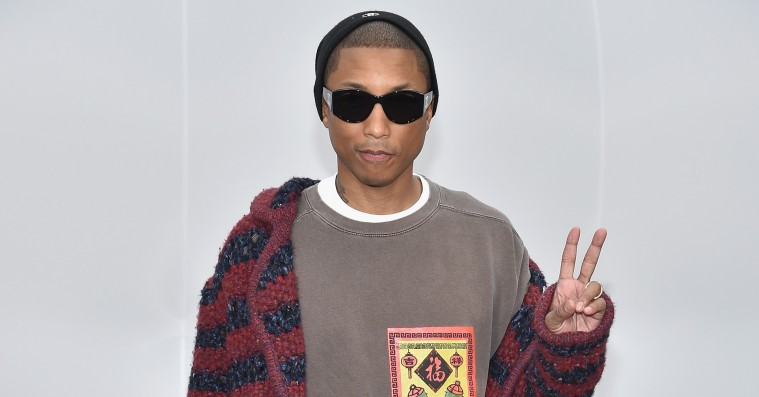 Pharrell Williams skubber til kønsbarrierne sammen med Chanel