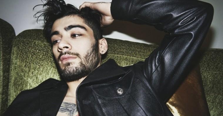 Zayn Malik tager hul på sit Versace-samarbejde – Gigi Hadid agerer fotograf