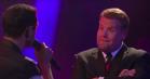 Rap-battle: Riz Ahmed tørrer gulvet med James Corden i 'Drop the Mic'