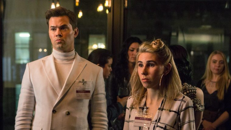 Elijah (Andrew Rannells) og Shoshanna (Zosia Mamet) i 'Girls' sjette sæson.