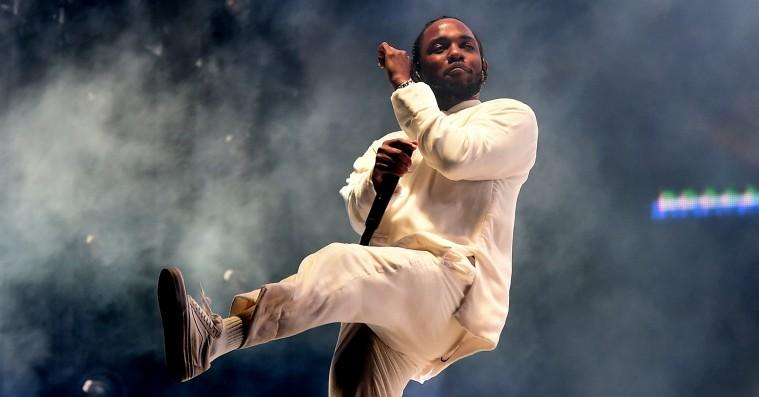 Kendrick Lamar er med på U2's nye single – hør 'Get Out of Your Own Way'