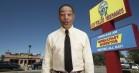 Gus Fring brillerer i Los Pollos Hermanos-instruktionsvideo med masser af hints til nebengeschæften