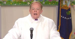 Sean Spicer er Det Hvide Hus' påskehare - se Melissa McCarthys seneste parodi fra SNL