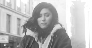 Premiere: Dansk/italienske Mikala folder soulstemmen ud på 'We Got It'