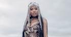 Nicki Minaj, Drake og Lil Wayne rammer London i vanvittig video til 'No Frauds'
