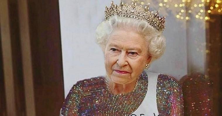 Royalt billed-remix: Rihanna klipper sig selv sammen med Dronning Elizabeth på Instagram