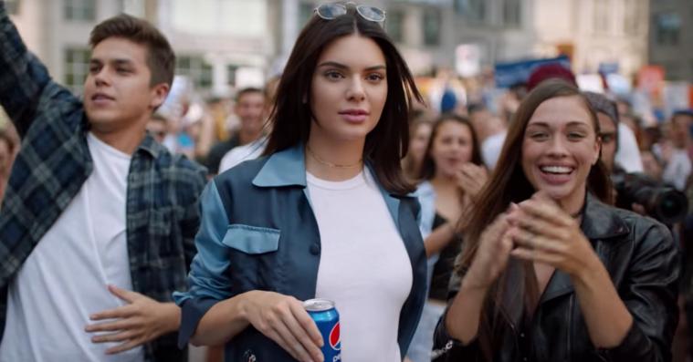 Kendall Jenners Pepsi-reklame forenede faktisk internettet: Alle hadede den