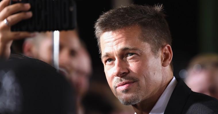 Brad Pitt bød et eksorbitant beløb for at se et 'Game of Thrones'-afsnit med Emilia Clarke
