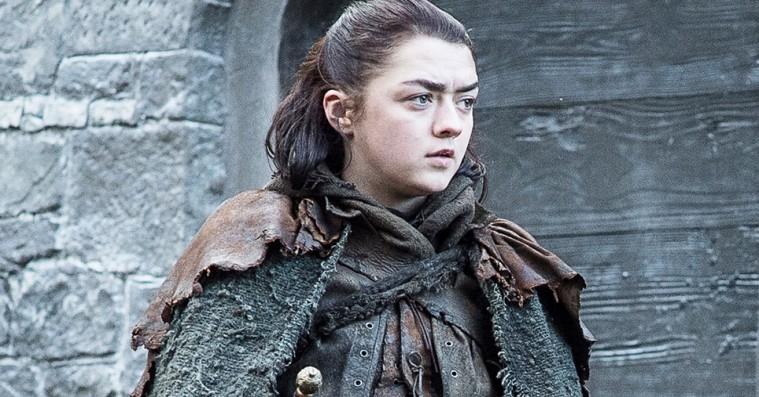 Maisie Williams siger farvel til 'Game of Thrones' i blodige sneakers