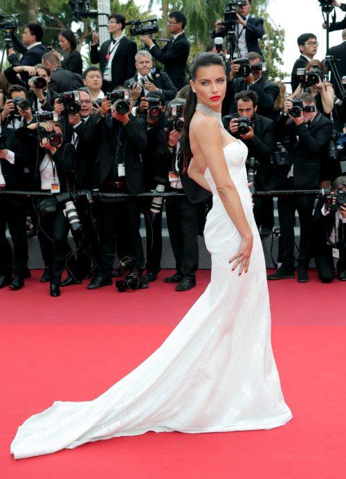 Adriana Lima Cannes