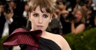 Lena Dunham får hård kritik for at snige sig med på Time's Up-billede