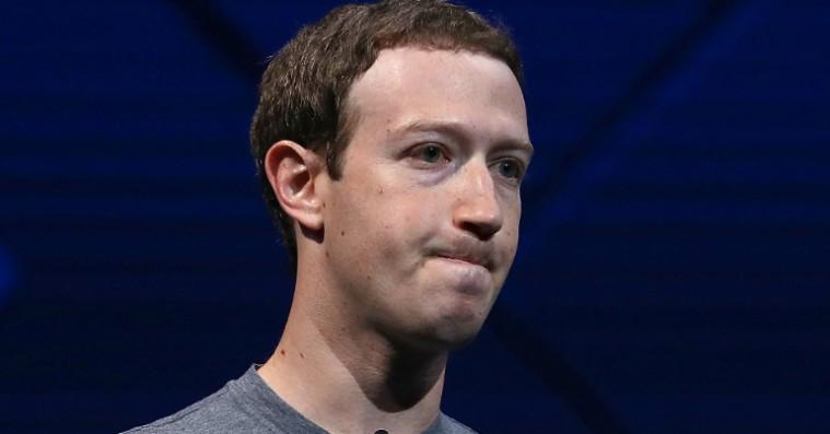 Facebook Stories er en spøgelsesby, der udstiller det sociale medies midtlivskrise