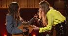 Charmerende popfest og masser af bass-face: Haim spiller nye toner i 'Saturday Night Live'