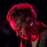 Depeche Mode i Parken: Dave Gahan vrikkede med popoen til medrivende fællessang