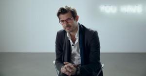 Se traileren til Guldpalmevinderen 'The Square' med Claes Bang og Elisabeth Moss